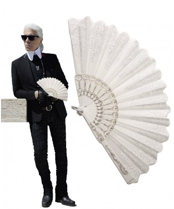 Eventail karl lagerfeld déguisement